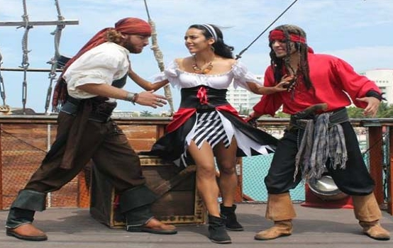 Pirate Show Cozumel